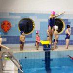 trampolina - nauka skakania do wody - szkoła Hanami