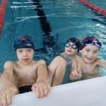 Szkoła Pływania Bydgoszcz -Nauka pływania w basenie - grupa chłopców
